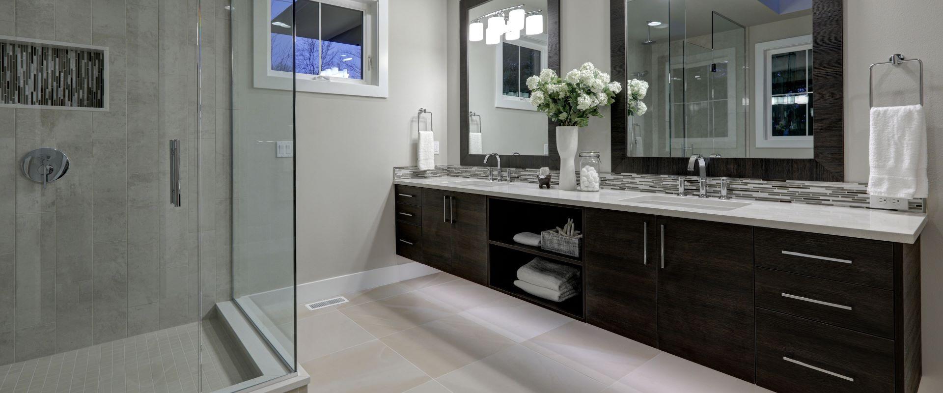 Vanit salle de bain st eustache sainte th r se boisbriand for Armoire de cuisine st eustache